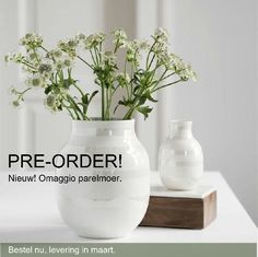 PRE-ORDER your Omaggio vase. The new Pearl Omaggio vase of Kähler design, you can pre-order, delivery in March. Go to: www.uittnoorden.nl Worldwide shipping!