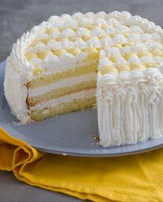 Caramel Apple Dump Cake, Apple Dump Cakes, Pastry Recipes, Cake Recipes, Cream Puff Cakes, Mom Cake, Delicious Deserts, Mocca, Creative Cakes