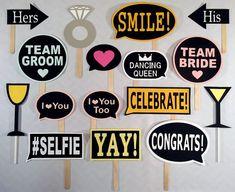 Party Photos Booth Fun Ideas For 2019 Wedding Photo Booth Props, Diy Photo Booth, Party Props, Party Signs, Props Photobooth, Party Vintage, Selfies, Wedding Dj, Wedding Ideas