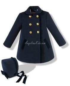 Abrigo con capota azul marino y dorado