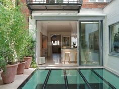See the roof light in the garden that allows light to flood into the full length basement.