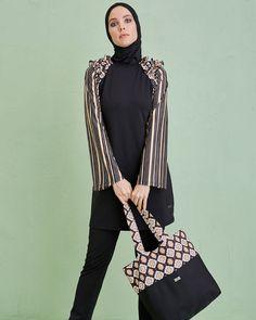 Nostalji Tasarım Tesettür Mayo... Retro Design Burkini...  #mayovera #tesettürmayo#yasarımmayo #haşema #hasemamodelleri #2017hasemamodelleri #2018hasemamodelleri #islamicswimwear #burkini #muslimswimsuits #burkininewcollection #burkini2017 #madeinİstanbul #hijabstyle #modestfashion #modesty #hijabfashion #modestactivewear #burkini2018