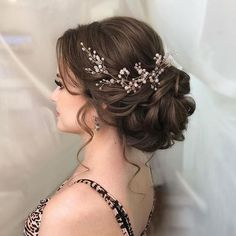Quince Hairstyles, Bride Hairstyles, Royal Hairstyles, Hairstyle Ideas, Curly Hairstyles, Romantic Hairstyles, Pretty Hairstyles, Elegant Wedding Hairstyles, Wedding Hairstyles For Women