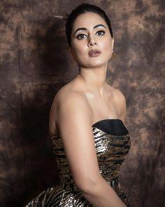 Indian Actress Hot Pics, Most Beautiful Indian Actress, Indian Actresses, Bollywood Girls, Bollywood Actress, Heena Khan, Bollywood Designer Sarees, Indian Girls Images, Bridal Photoshoot