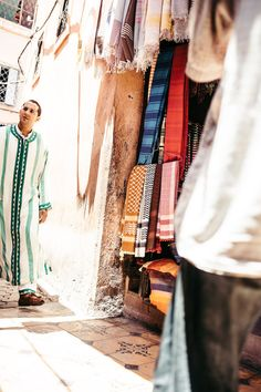 MEDINA DYEWORKS - MARRAKECH, MOROCCO - AFRICA, TRAVEL REPORTAGE by MANUEL PALLHUBER - WWW.MANUELPALLHUBER.COM