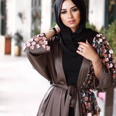 Long open cardigans hijab style – Just Trendy Girls: http://www.justtrendygirls.com/long-open-cardigans-hijab-style/