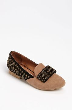 Be a total show-stopper this fall with these antique-studded slipper flats by @JCShoes.#JeffreyCampbell