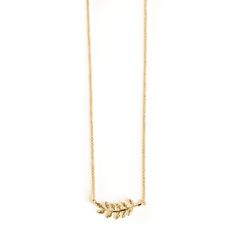 Avinas Jewelry Collection 2015 - Delicate leaf necklace yellow gold plated - Trendy and discreet necklace