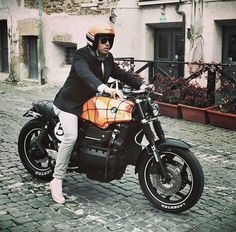 BMW caferacer by @Aprovich77