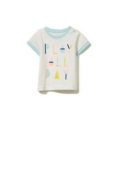 Keep your little one comfy in the Michael ss tee. Pair up with shorts for the cutest summer look.