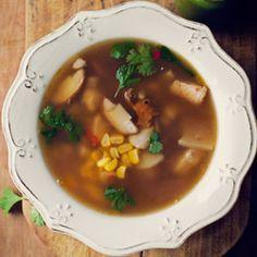 Zupa grzybowa z kukurydzą