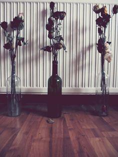 flowers,roses,wine,bottles,love