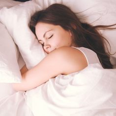 Is the Best Pillow? (Plus the 5 Dangers of Conventional Pillows) What Is the Best Pillow? (Plus the 5 Dangers of Conventional Pillows)What Is the Best Pillow? (Plus the 5 Dangers of Conventional Pillows) How To Get Sleep, Good Night Sleep, Sleep Well, Best Pillow, Sleep Deprivation, Trying To Lose Weight, Head And Neck, Health Articles, Health Advice