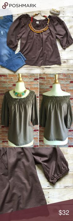 """Anthropologie Edme & Esyllte Brown peasant top Lightweight cotton top with cinch neckline. Can be worn off or on shoulders as shown. Elastic cinch cuffs. In excellent condition, no signs of wear. 25""""L. 20"""" bust laying flat. Size 10. Anthropologie Tops Blouses"""