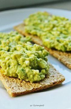 Mniam!: Pasta jajeczna z awokado Breakfast Recipes, Snack Recipes, Cooking Recipes, Healthy Dishes, Healthy Eating, My Favorite Food, Favorite Recipes, Vegetarian Recipes, Healthy Recipes