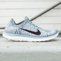 Nike Women Nike Free 4.0 Flyknit (blue / blue grey / black / sail / voltage green)