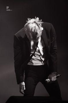 #chanyeol #pcy #parkchanyel #exochanyeol #exo #チャニョル #灿烈 #朴灿烈 #찬열 #박찬열 #kpopstar #Koreanstar #Kpop #kpopidol#blacksuit #exolution