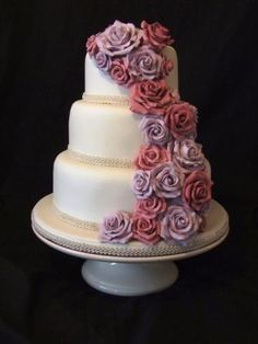 Award Winning Wedding Cakes in Bedford, Bedfordshire - Home