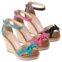 @Overstock - The Pinot-03 espadrille wedges by Journee Collection feature mixed fabric and faux leather construction on the upper and a fashionable bow accent. These peep toe wedges are completed with ankle strap closures for easy styling.http://www.overstock.com/Clothing-Shoes/Journee-Collection-Womens-Pinot-03-Bow-Espadrille-Wedges/6708671/product.html?CID=214117 $37.99