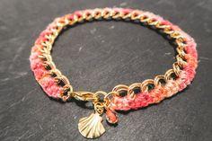 bracelet bohème, bracelet chaine et tresse, bracelet textile, bracelet dégradé, bracelet pastel, bracelet coquillage, bracelet rose saumon