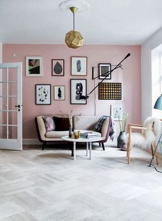 Soft pink and gold living room - Mette Helena Rasmussen - Ministry of Deco