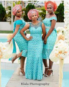Fab ladies #asoebi #asoebispecial #speciallovers #wedding  @klalaphotography