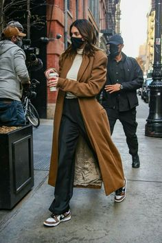 Le Style Du Jenner, Kendall Jenner Outfits, Looks Street Style, Model Street Style, Model Outfits, Fashion Outfits, V Model, Vetement Fashion, Celebrity Outfits