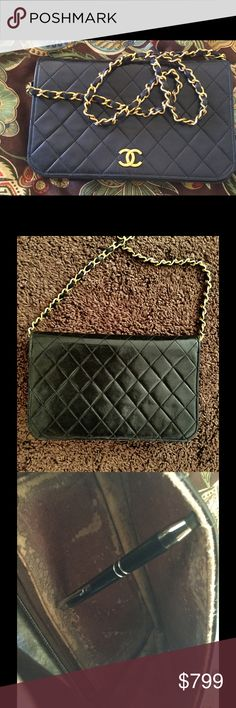 AUTHENTIC CHANEL SAVE THOUSANDS BLACK CROSSBODY This is a gorgeous bag outside but the outer shell of the liner is worn out. I'm simply going to clean and use it if no one wants it. But the exterior is clean, corners, chain, etc. CHANEL Bags Crossbody Bags