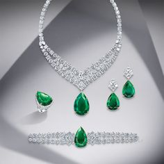 For over a century, Mouawad has been creating unique Masterpieces for its exclusive clientele. Discover our bespoke Masterpiece Collection. Royal Jewelry, Emerald Jewelry, Diamond Jewelry, Gold Jewelry, Jewelery, Vintage Jewelry, Women Jewelry, Fashion Jewelry, Diamond Choker