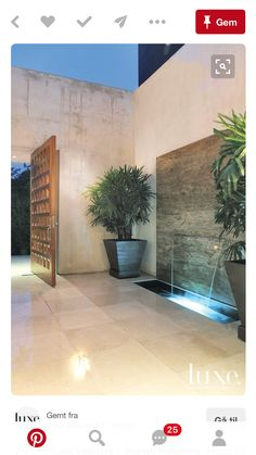 Modern Open-Air Courtyard with Fountain LuxeSource Luxe Magazine - The Luxury Home Redefined Landscape Design, Garden Design, Modern Fountain, Modern Outdoor Fountains, Indoor Fountain, Fountain Ideas, Fountain Design, Indoor Water Fountains, Modern Courtyard