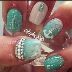 @pelikh_Love these nails