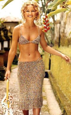 Kate Hudson On Pinterest Bazaars Harpers Bazaar And Carpets