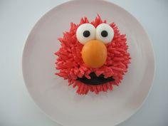 elmo cup cake