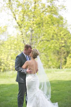 Lakeside Spring Wedding at Innsbrook Resort|Photographer:  k.s.h. designs photography