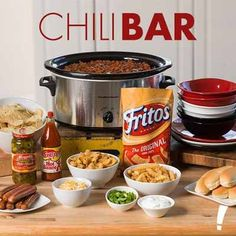 Your game day guests are sure to be impressed. The possibilities are endless whe… Your game day guests are sure to be impressed. The possibilities are endless when you prepare this delicious chili bar for the big game. Chili Bar Party, Super Bowl Party, Candy Bar Decoracion, Game Night Food, Food Game, Game Day Snacks, Super Bowl Essen, Chili Cook Off, Football Food