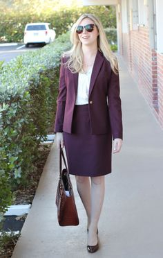 Sumissura Suit Review, business formal, work outfit, burgundy suit