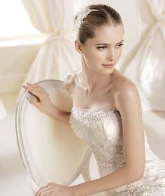 IDIARTE » Wedding Dresses » 2014 Fashion Collection » La Sposa (close up)