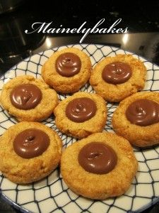 snickerdoodle nutella cookies... Making these for my nieces birthday... Possibly a cookie cake with Nutella for the writing.