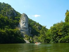 Dacian Chief Decebalus Carved into the Rock Cliff of the Iron Gates on the Danube Romanian People, Danube River, Iron Gates, Top Destinations, Eastern Europe, Countries Of The World, Travel Inspiration, Places To Go, National Parks