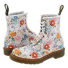 Dr. Martens 1460 W Off White Floral Boots (R11821102) (UK 9) Dr. Martens http://www.amazon.com/dp/B004KSBLYC/ref=cm_sw_r_pi_dp_PfOXtb1YWE6MGZ53