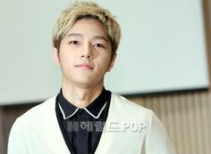 [NEWS PIC] 140915 SBS My Lovely Girl Press Conference - #인피니트 Myungsoo #2 pic.twitter.com/hnNgGGfYPd