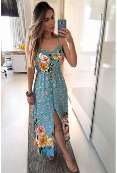 VESTIDO LONGO FARM FLOR POR FLOR - AZUL Dress Outfits, Casual Dresses, Casual Outfits, Fashion Dresses, Summer Dresses, Mode Rockabilly, Look Star, Frack, Floral Fashion