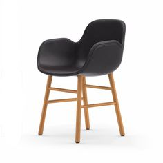 Normann Form Oak Lehnstuhl Leder-gepolstert tango Jetzt bestellen unter: https://moebel.ladendirekt.de/kueche-und-esszimmer/stuehle-und-hocker/esszimmerstuehle/?uid=f11ef153-080a-5e74-8cd4-89f521b3e15c&utm_source=pinterest&utm_medium=pin&utm_campaign=boards #stühle #kueche #esszimmerstuehle #esszimmer #hocker #stuehle Bild Quelle: www.ambiendo.de