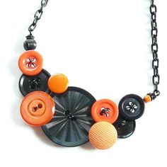 cute Halloween necklace!