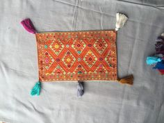 Boho inspiration ✨ Baby pillow  [20x30cm, 30x50cm] Made in loom by mexican women❤️. All handmade https://farfromhome.com.mx/collections/babies/bibs