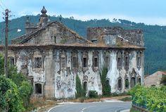 Fazem parte da nossa história mas foram abandonados. Porque denunciar o que está mal é importante... Portugal esquecido: 12 monumentos em ruínas.