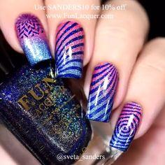 & STAMP NAIL DESIGN Easy glitter nail design combined with stripe stampsEasy glitter nail design combined with stripe stamps Glitter Nails, Gel Nails, Nail Polish, Nail Nail, Acrylic Nails, Manicure Colors, Nail Colors, Simple Nail Designs, Nail Art Designs