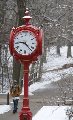 Indiana University - Giant Red clock on campus Red Clock, I See Red, Time Clock, Antique Clocks, Red And Grey, Shades Of Red, Favorite Color, Antiques, Indiana University