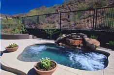 Too big to be a spa too small to be a pool perfect for small yards Spool! Too big to be a spa too small to be a pool perfect for small yards Pools For Small Yards, Backyard Ideas For Small Yards, Small Backyard Landscaping, Sloped Backyard, Big Backyard, Landscaping Design, Small Patio, Jacuzzi, Swimming Pool Designs
