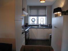 www.diepeveen.nl klassiek moderne keuken met Vgroef en handgemaakte schouw.